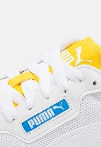 Puma - R78 Unisex - Sneakers basse - white/future blue - 5