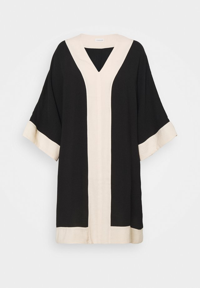 CHRISTIA - Korte jurk - black