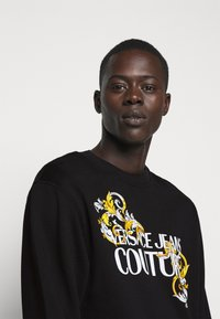 Versace Jeans Couture - Sweatshirt - black - 4