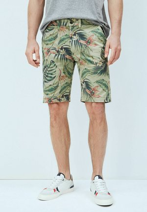 Shorts - palm green