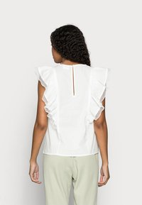VILA PETITE - VICASANDRA - Print T-shirt - snow white - 2