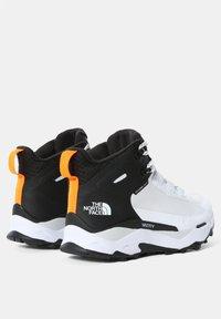 The North Face - EXPLORIS MID FUTURELIGHT - Hiking shoes - tnf white/tnf black - 1