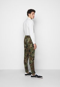 Polo Ralph Lauren - Tracksuit bottoms - olive - 2