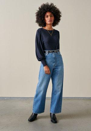 MILIE - Basic T-shirt - dunkelblau