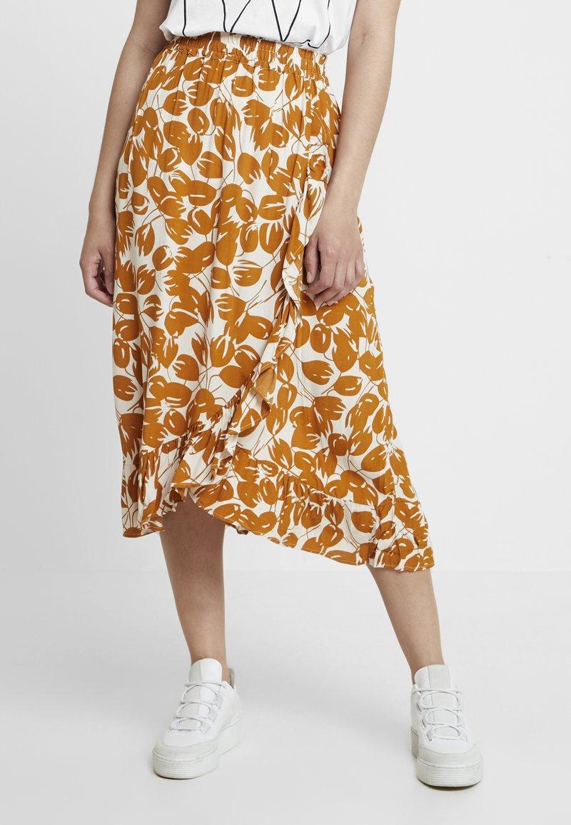 Moss Copenhagen - REIGN MOROCCO SKIRT - Maxi skirt - ecru