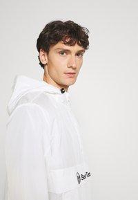 Sergio Tacchini - ANTO ANORAK - Lehká bunda - blanc de blanc - 3