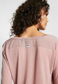 G-Star - GYRE UTILITY V-NECK LONG SLEEVE T-SHIRT - Long sleeved top - berry mist - 3