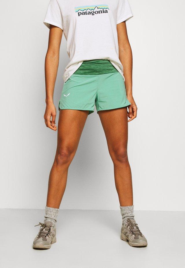 PEDROC SHORTS - Shorts outdoor - feldspar green