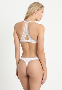 Passionata - EMBRASSE MOI  - Triangel-BH - champagner - 2