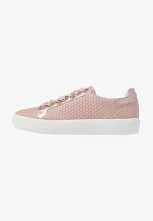 LACE-UP - Zapatillas - rose