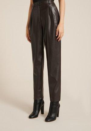 OPIUM          - Pantalon classique - marrone