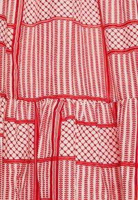 Kaffe Curve - KCPASTI DRESS 3/4 - Denní šaty - high risk red - 6