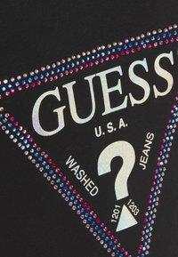 Guess - FREDA TEE - T-shirts med print - jet black - 5
