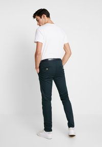 Scotch & Soda - MOTT CLASSIC GARMENT DYED - Chino - amalfi green - 2