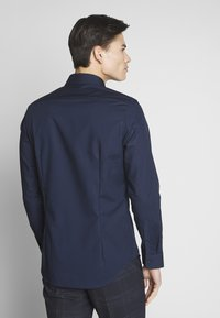 Seidensticker - BUSINESS KENT - Formal shirt - dark blue - 2