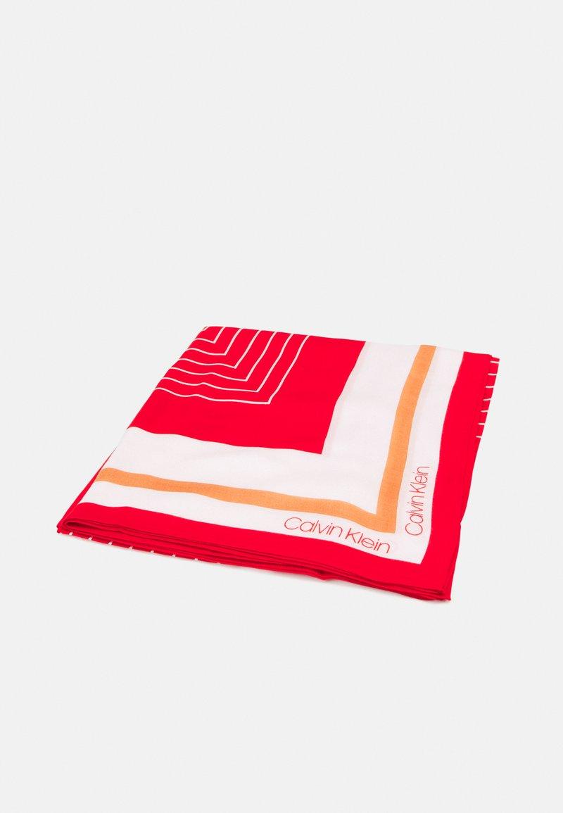 Calvin Klein - SCARF - Foulard - red