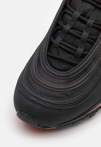 Nike Sportswear - AIR MAX 97 BG - Tenisky - black/orange - 5