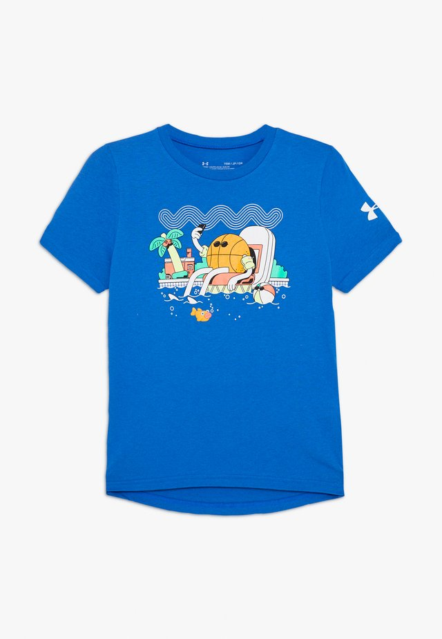 MR BUCKETS TEE - T-shirt con stampa - versa blue/white