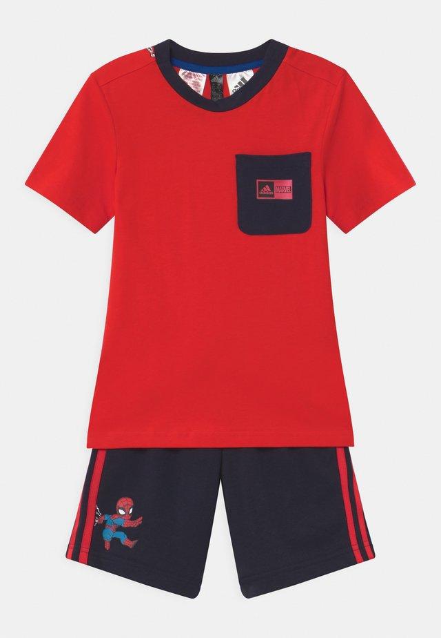 SET UNISEX - Sports shorts - red/legink