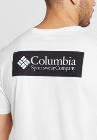 Columbia - NORTH CASCADES™ SHORT SLEEVE TEE - Printtipaita - white/black - 4