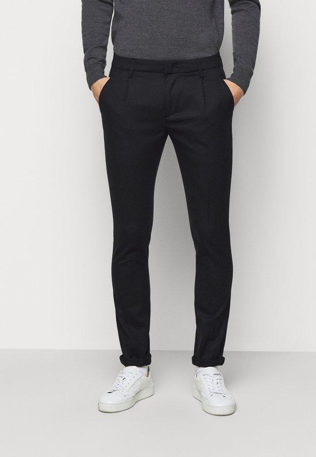 PANTALONE GAUBERT PINCES - Kalhoty - black denim