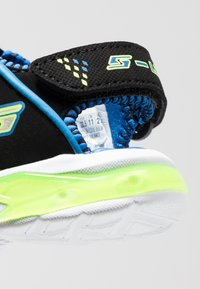Skechers - E-II BEACH GLOWER - Outdoorsandalen - black/blue/royal/lime - 5