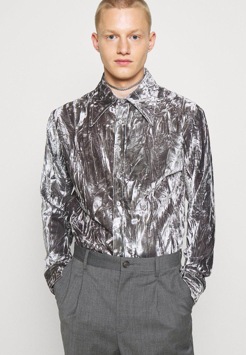 Martin Asbjørn - JOSHUA SHIRT - Shirt - silver grey