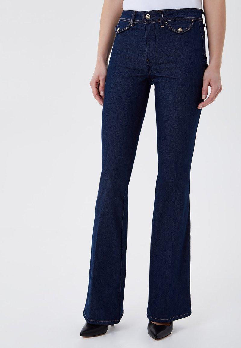 LIU JO - Flared Jeans - blue denim