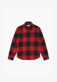 Calvin Klein Jeans - WINTER CHECK - Shirt - black/red - 0