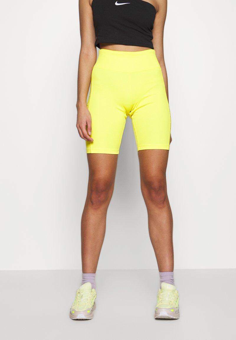 Nike Sportswear - W NSW AIR BIKE - Shorts - opti yellow