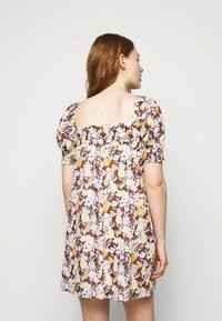 Tory Burch - SMOCKED MINI DRESS - Day dress - lucky meadow - 2