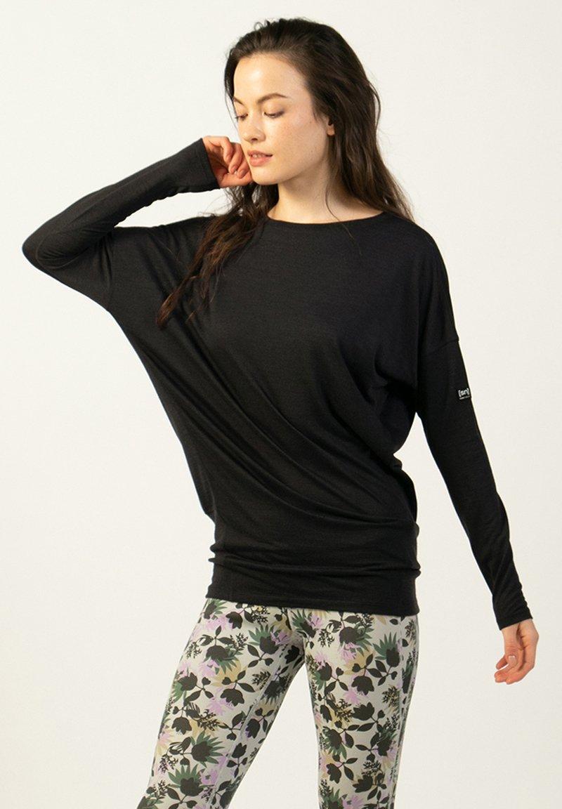 super.natural - Sports shirt - schwarz