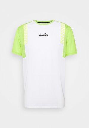 CLAY - Print T-shirt - optical white