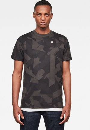 TAPE CAMO AOP ROUND SHORT SLEEVE - Print T-shirt - raven tape camo