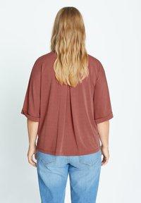 Violeta by Mango - CUPER - Button-down blouse - granatrot - 2