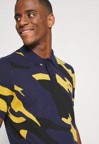 Lyle & Scott - ABSTRACT  - Polo shirt - navy - 3