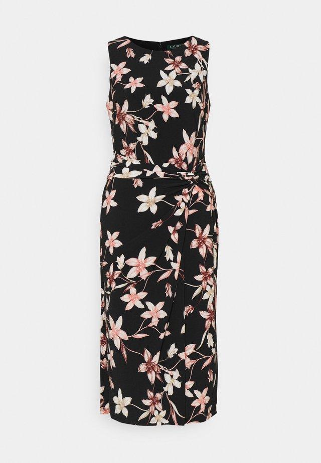 PRINTED MATTE DRESS - Vestito di maglina - black/pink/multi