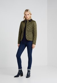 Barbour - DEVERON QUILT - Light jacket - olive/pale pink - 1