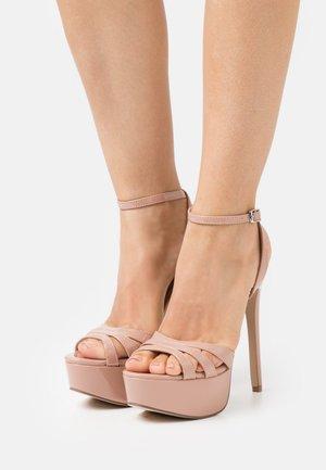 SOLACE - Sandály na platformě - blush