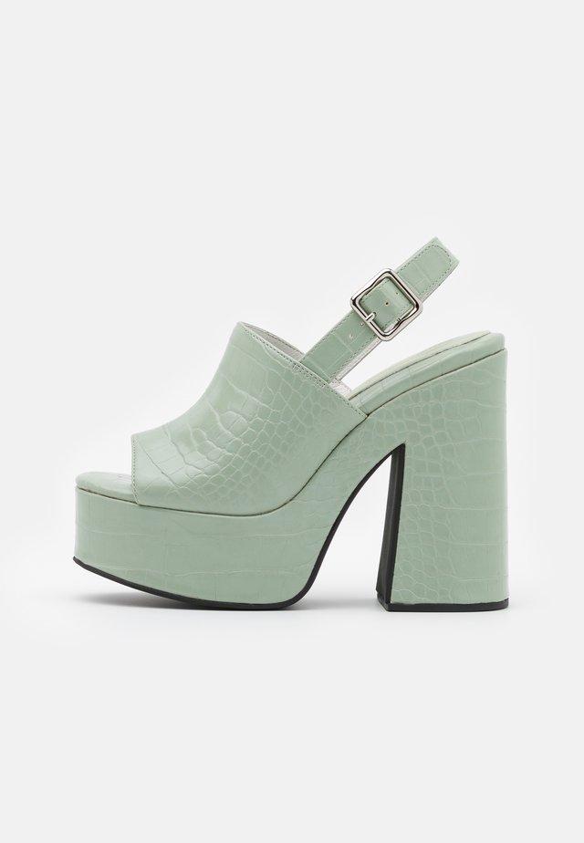 Sandalen met plateauzool - mint green