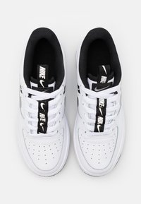 Nike Sportswear - AIR FORCE 1 - Trainers - white/black/reflective silver - 3