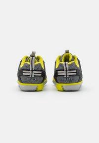 Keen - CHANDLER CNX UNISEX - Hiking shoes - steel grey/evening primrose - 2
