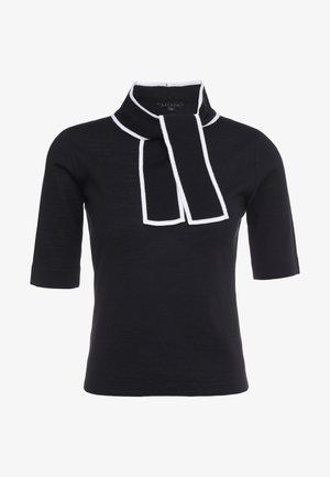 SIBILLE - Camiseta estampada - black