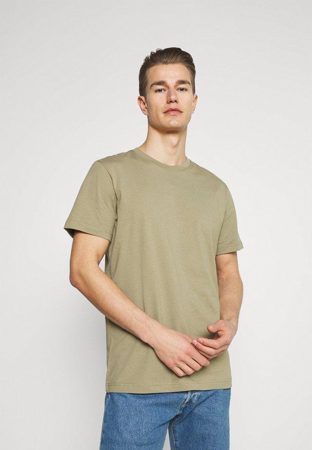 SLHNORMAN O NECK TEE - T-shirt basic - aloe