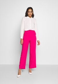 Ivyrevel - FRONT PLEATED WIDE PANTS - Trousers - pink - 1