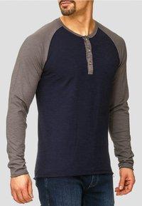 INDICODE JEANS - LONGSLEEVE WILLBUR - Long sleeved top - dark blue - 3