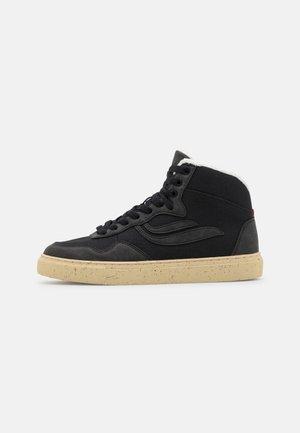 SOLEY UNISEX - Sneakersy wysokie - black