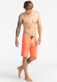 Billabong - ALL DAY PRO - PERFORMANCE  - Shorts da mare - neo orange - 1