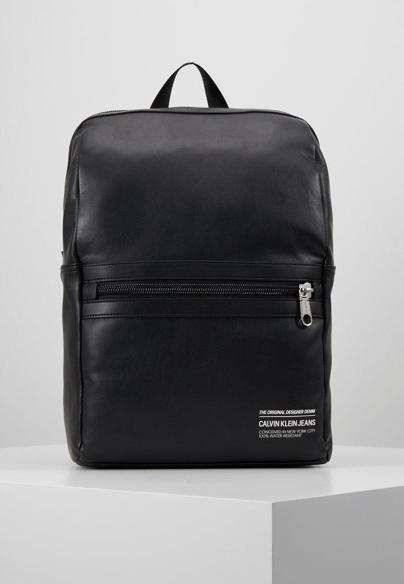 Calvin Klein Jeans - FEATHER WEIGHTMINIMAL - Ryggsäck - black