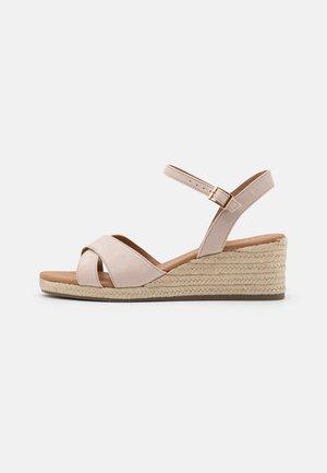WIDE FIT PRAWN - Wedge sandals - oatmeal